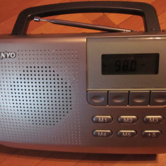 Aparat radio digital sanyo