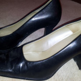 SH: pantofi negri piele marimea 37, ca noi
