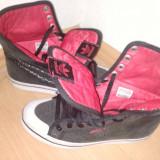 Tenesi Adidas originali