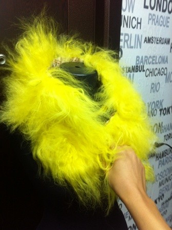 guler  galben dama BLANA   NATURALA!!!!!!!!!!!! foto mare