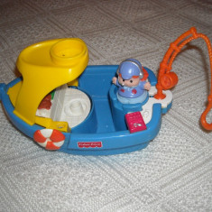 Fisher Price - Little People - Barcuta cu o figurina - Vehicul