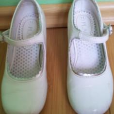 Pantofi albi de fete usor folositi dar buni cu bilute in talpa lungime 16.5 cm - Pantofi copii, Marime: Alta