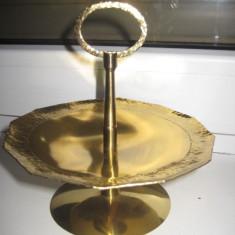 Fructiera mica decorative in metal aurit, in stare foarte buna, - Reproduceri arta