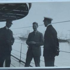 Fotografie originala a Regelui Carol al 2 - lea pe un vas in portul Constanta