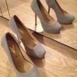 Pantofi YSL ( Yves Saint Laurent ) piele gri 37