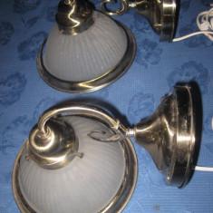 Splendide veioze aplice electrice pereche model classic in metal argintat cu sticla mata - Corp de iluminat