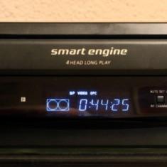 Videorecorder VHS SONY SLV-E430VC. Four heads Long Play. SmartEngine. Trilogic. - Media player