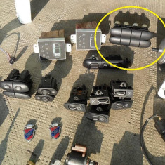butoane false - rampa butoane scaune incalzite si tracktion control ESP - se pot monta alte butoane - mondeo mk2 an fabricatie 1996 97 98 99 2000