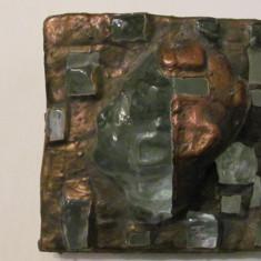 "PVM - Basorelief ""Cap de Regizor"", sticla si metal / semnat ""Coman Design"" 2003"