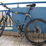 Bicicleta mountain bike Specialized