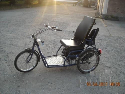 carucior handicap, tricicleta pe benzina foto mare