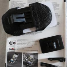 1312plu Car holder suport de masina Hama reglabil pt mp3 iPod smartphone montare fara gauri
