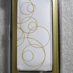 1320plu Leater Case for iPod nano 2 generation husa de piele alb cu snur de prins la gat Capdase glint