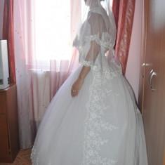 Rochie de Mireasa, Voal + Trena + Poseta - Rochie de mireasa printesa