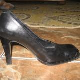 pantofi piele dama mas 35 merg la 36 au 23,5 cm int toc de 8 cm, stare exceptionala