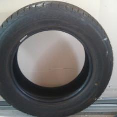 Vand anvelope iarna Bridgestone 185/65/15 aproape noi (folosite doar iarna trecucta), R15