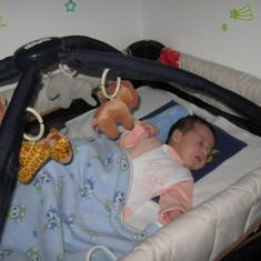 CHICCO - PAT PLIANT MUZICAL CU NIVEL INTERMEDIAR - Patut pliant bebelusi Chicco, 105x70cm