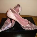 SUPER OFERTA! Pantofi piele roz cu paiete cusute manual! - Pantof dama, Culoare: Rose, Marime: 38, Rose, Cu toc