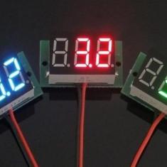Voltmetru digital 0-100v cu leduri albastre si verzi