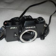 VAND APARAT FOTO YASHICA FR 1, BODY - Aparat Foto cu Film Yashica