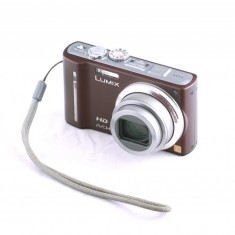 Camera foto compacta Panasonic DMC-TZ10 cu GPS incorporat - Aparat Foto compact Panasonic