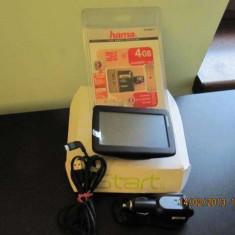 Gps tom tom, Touch-screen display: 1, Incarcator auto: 1, Memorie extensibila: 1
