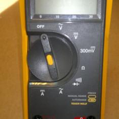 FLUKE 73III MULTIMETER - Multimetre