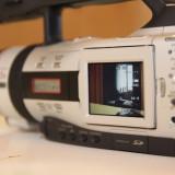 Vand camera video Canon XM2, 2-3 inch, Mini DV, CCD, 10-20x