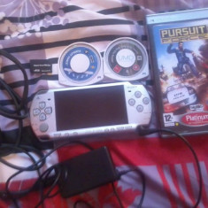 [Vand/Schimb pe tableta Play Station Portabil PSP SONY+2JOCURI+CARD 4 GB] Vand/Schimb pe tableta Play Station Portabil PSP SONY+2JOCURI+CARD 4 GB