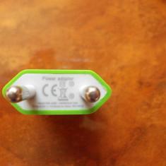 INCARCATOR PENTRU IPHONE IPOD IPAD, 5V - 1A - Incarcator telefon iPhone