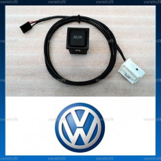 Buton + Cablaj pentru media AUX INPUT pentru VW Golf 5, Golf 6, Jetta, Eos, compatibil RCD si RNS Cod OEM 5K0 035 724 A - Elemente montaj audio auto