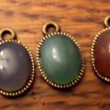 Pandantiv/cercei/martisor bronz agate verde/albastru fumuriu/maro