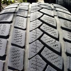 Vand o anvelopa 205 55 R16 de iarna - Anvelope iarna Dunlop