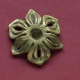 sfesnic deosebit suport lumanari cu diametrul mic din bronz - motiv floral !!!