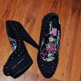 pantofi cu tinte ed hardy