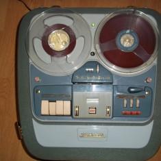 Vind magnetofon vechi GRUNDIG tk35