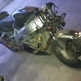 Dezmembrez Honda CBR900RR din 97 - Dezmembrari moto