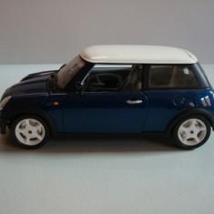 MINI COOPER -BBURAGO-MADE IN ITALY -SCARA 1/18++2100 DE LICITATII !! - Macheta auto