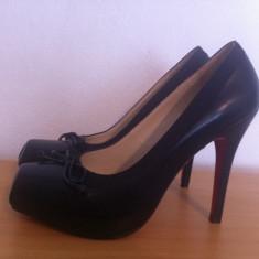 Pantofi Christian Louboutin replica - Pantof dama Christian Louboutin, Culoare: Negru, Marime: 37, Negru, Cu toc