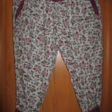 PANTALONI /SALVARI - Pantaloni dama, Marime: S, Culoare: Multicolor, Trei-sferturi