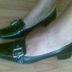 Pantofi din piele firma Salamander marimea 38, arata impecabil! - Pantof dama, Culoare: Negru, Visiniu, Cu talpa joasa