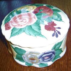 Bomboniera din portelan cu capac pictata cu motiv floral - stil vintage