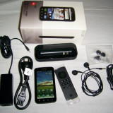 Smartphone HD Motorola Atrix, putin folosit, fara zgarieturi, in garantie, second hand. - Telefon Motorola, Negru, 16GB, Neblocat, Dual core, 1 GB