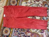 Vand pantaloni piele intoarsa ,rosii, Lungi, Rosu, 40