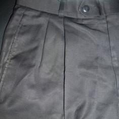 Pantaloni Hugo Boss, 100% lana pura; marime 46: 77.5 cm talie, 106 cm lungime - Pantaloni barbati, Culoare: Din imagine