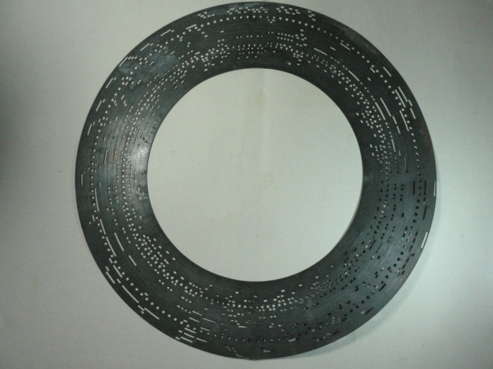 DISC MUZICAL METALIC PERFORAT - VECHI - MANUFACTURA PHOENIX - ANII 1800