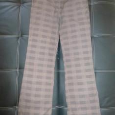 Pantaloni Clockhouse; marime 38: 81 cm talie, 102.5 cm lungime; impecabili - Pantaloni dama, Culoare: Din imagine