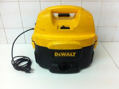 Aspirator DeWalt DC500 cu acumulatori si cu fir foto
