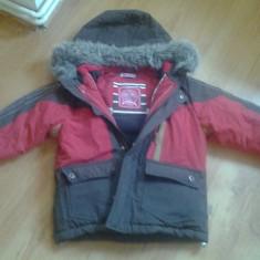 Vand haina de iarna, 3-4 ani, Culoare: Maro