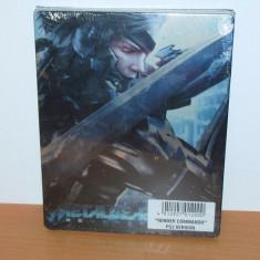 Steelbook Metal Gear Rising Revengeance + card DLC Green Armor PS3 , de colectie